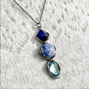 3/$30☀️ Three-Stone Pendant Necklace